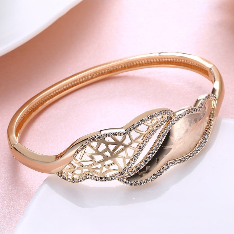 Wholesale Leaves to hollow out Champagne Gold CZ Bangle TGGPBL052 2