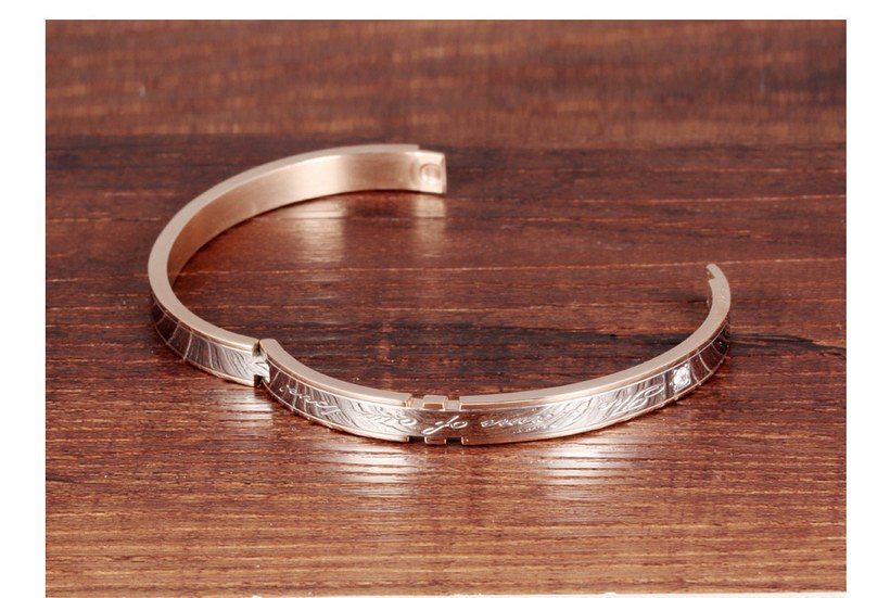 Wholesale 2018 New Fashion Stainless Steel Couples BraceletLovers TGSMB002 5