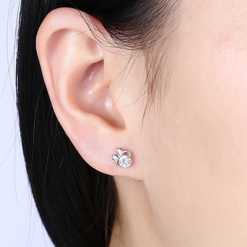 Wholesale Hot wholesale jewelry Fashion romantic 925 Sterling Silver Stud Earrings High Quality Woman Jewelry cute shiny Zircon Earrings TGSLE018 0