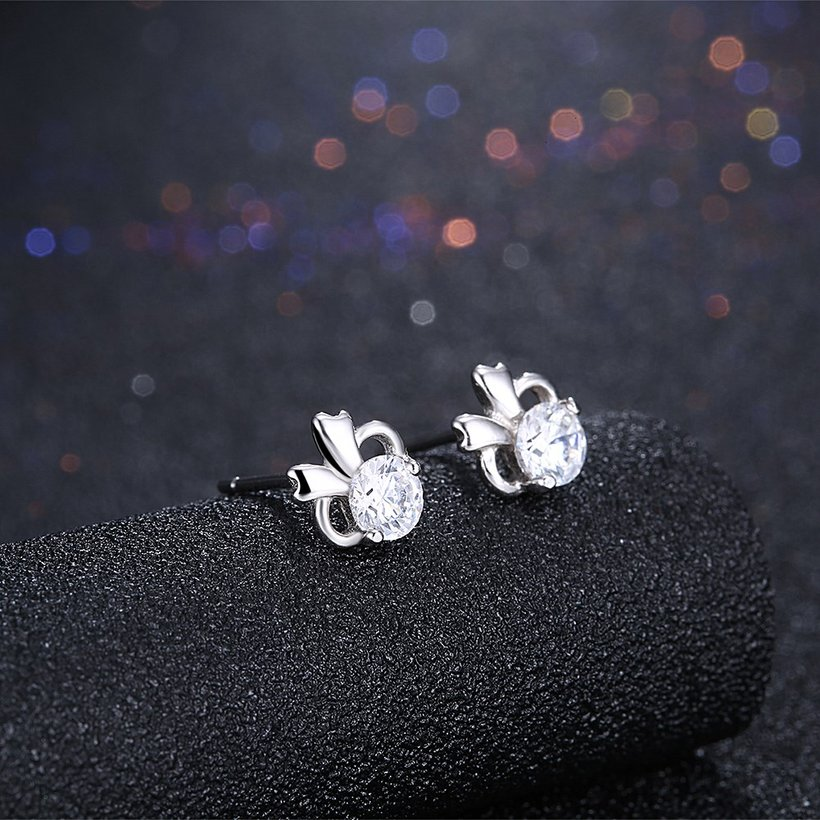 Wholesale Hot wholesale jewelry Fashion romantic 925 Sterling Silver Stud Earrings High Quality Woman Jewelry cute shiny Zircon Earrings TGSLE018 1