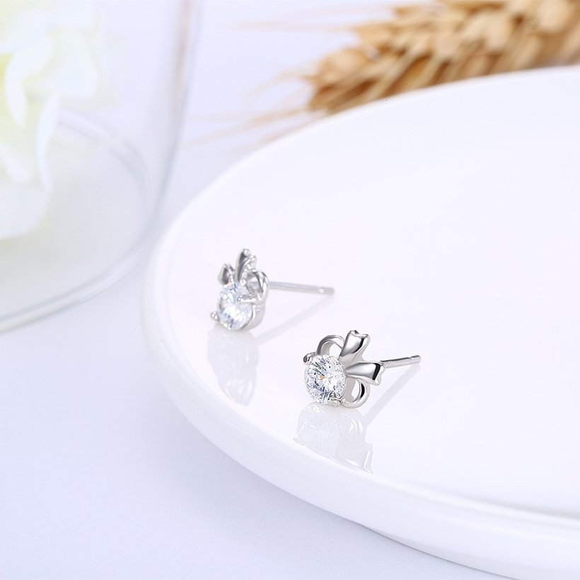 Wholesale Hot wholesale jewelry Fashion romantic 925 Sterling Silver Stud Earrings High Quality Woman Jewelry cute shiny Zircon Earrings TGSLE018 3