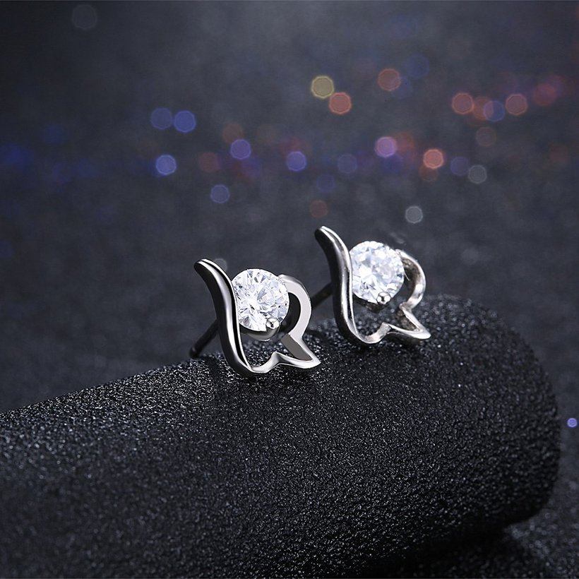 Wholesale Trendy Creative Female Small Stud Earrings 925 Sterling Silver delicate shinny Crystal Earrings Wedding party jewelry wholesale TGSLE079 1
