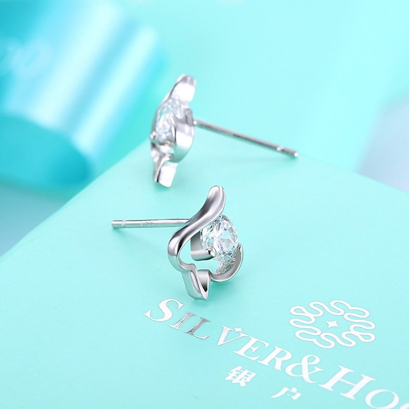Wholesale Trendy Creative Female Small Stud Earrings 925 Sterling Silver delicate shinny Crystal Earrings Wedding party jewelry wholesale TGSLE079 2