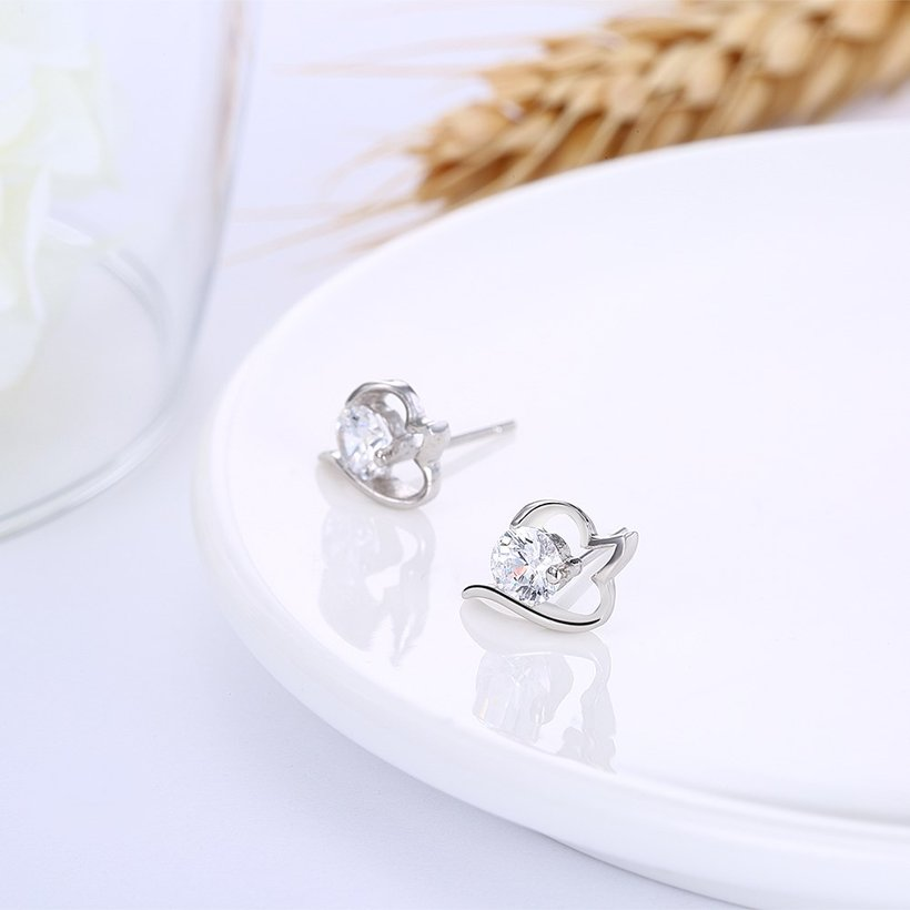 Wholesale Trendy Creative Female Small Stud Earrings 925 Sterling Silver delicate shinny Crystal Earrings Wedding party jewelry wholesale TGSLE079 3