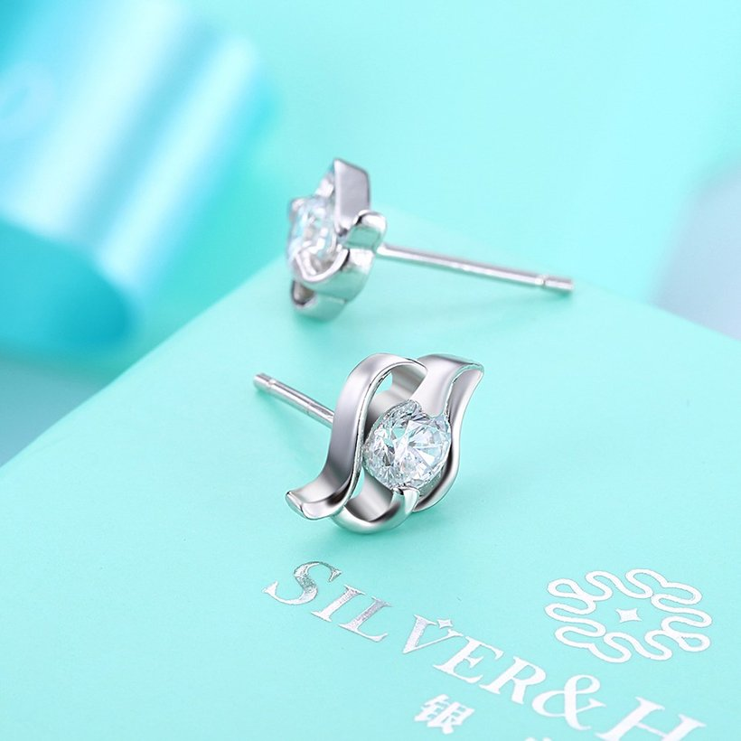 Wholesale Trendy Creative Female Stud Earrings 925 Sterling Silver delicate shinny Crystal Earrings Wedding party jewelry wholesale China TGSLE097 2