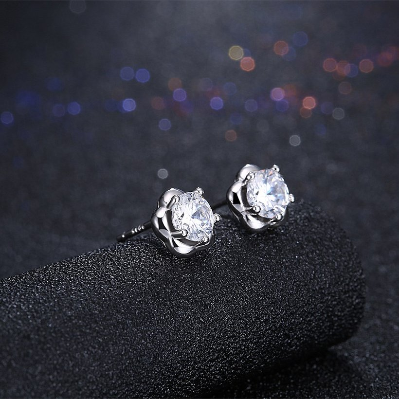 Wholesale Fashion delicate 925 Sterling Silver Four Claws Jewelry Shine AAA Zircon Earrings For Women Girls New Gift Banquet Wedding TGSLE102 1