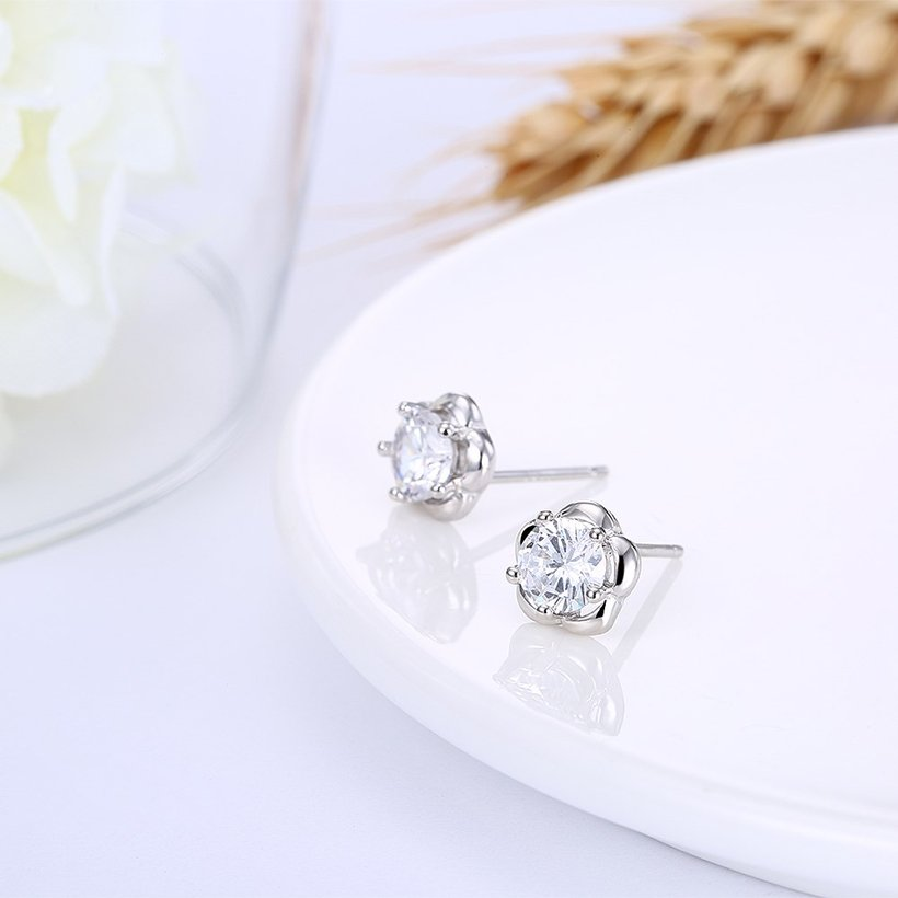 Wholesale Fashion delicate 925 Sterling Silver Four Claws Jewelry Shine AAA Zircon Earrings For Women Girls New Gift Banquet Wedding TGSLE102 3