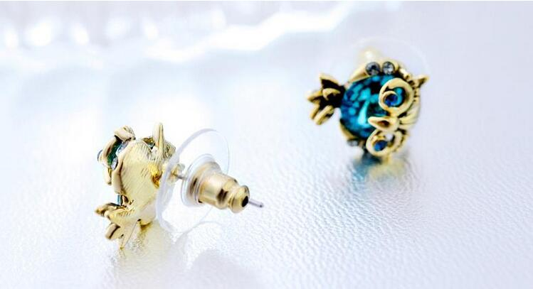 Wholesale Jewelry Crystal Owl Stud Earrings For Women Vintage Gold Color Animal Statement Earrings VGE036 2