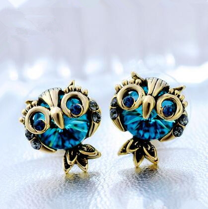Wholesale Jewelry Crystal Owl Stud Earrings For Women Vintage Gold Color Animal Statement Earrings VGE036 3