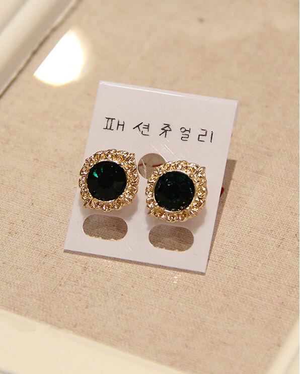 Wholesale Fashion Female Circle stud earrings synthetic emerald  Vintage Earrings Wedding jewelry For Women VGE038 2