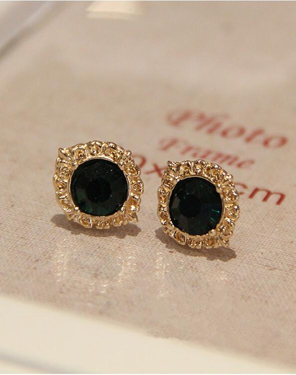 Wholesale Fashion Female Circle stud earrings synthetic emerald  Vintage Earrings Wedding jewelry For Women VGE038 3