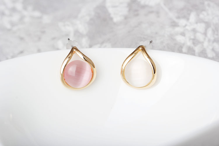 Wholesale New Vintage Round  Opal Stone Big Stud Earrings For Women fashion Temperament jewelry VGE042 0