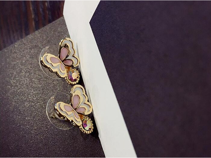 Wholesale Sweet pink  Butterfly Stud Earrings Delicate Gold Color Mini Ear Studs Trendy Ear Nails For Women Girls Jewelry Gift VGE046 3