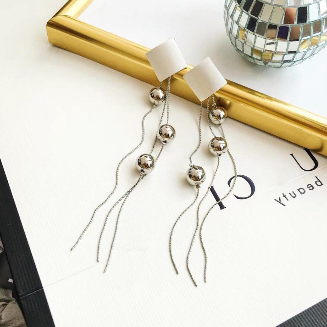 Wholesale  New Hot Fashion Korean Design Silver Metal Ball  Long Tassel Drop Earrings  For Women Fashion Wedding Party Jewelry Gift VGE190 3
