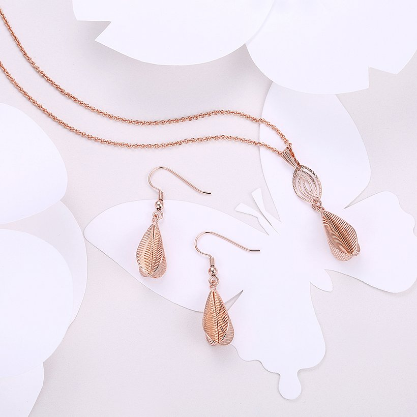 Wholesale Classic Gold Water Drop Jewelry Set TGGPJS230 0
