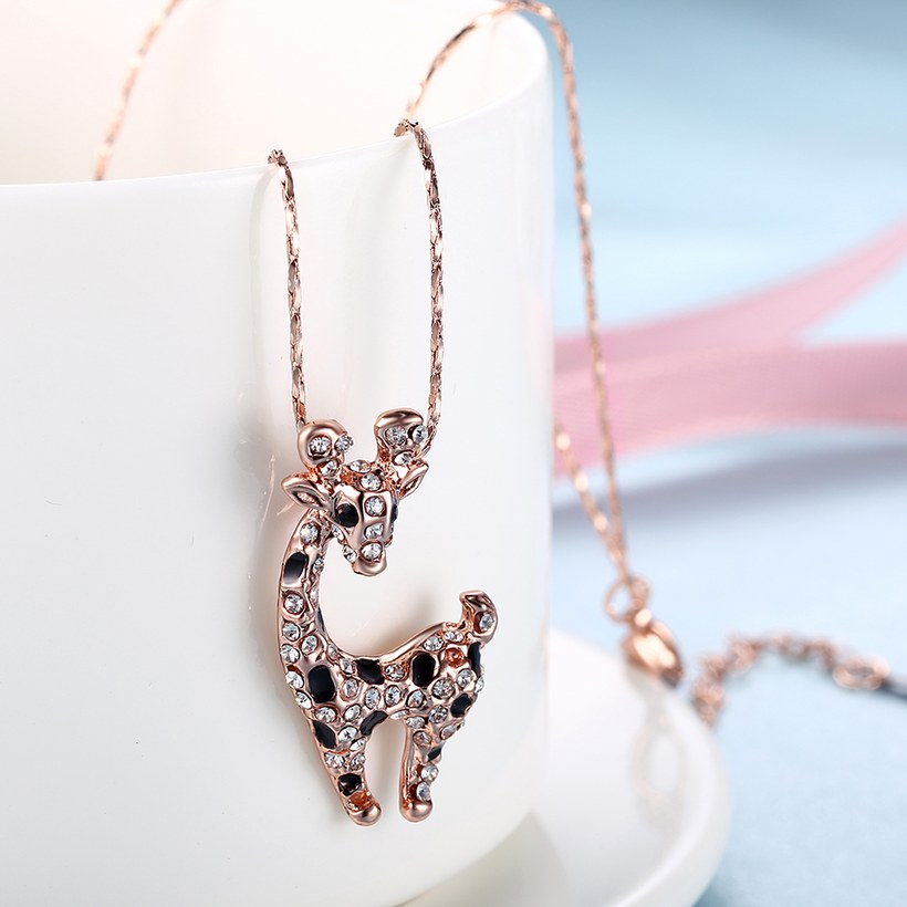 Wholesale New Temperamet Cute Full Crystal Deer rose gold Jewelry Fashion Personality Christmas Animal Necklaces TGGPN040 2