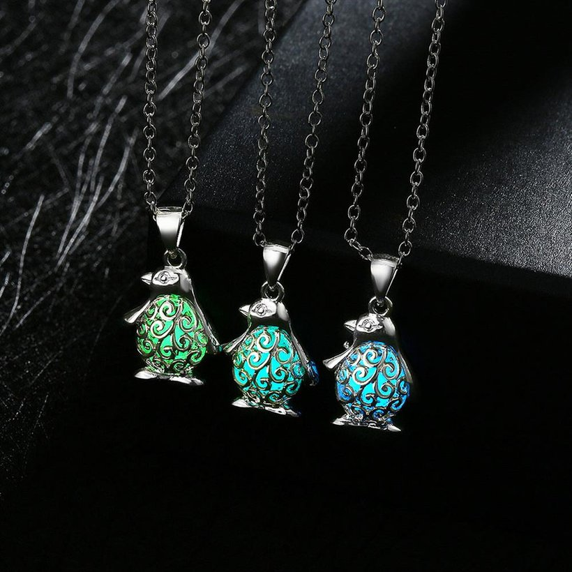 Wholesale Trendy Silver Animal Necklace TGLP052 1