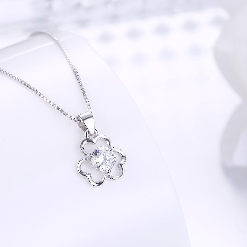 Wholesale Trendy 925 Sterling Silver CZ Flower Necklace TGSSN016 1