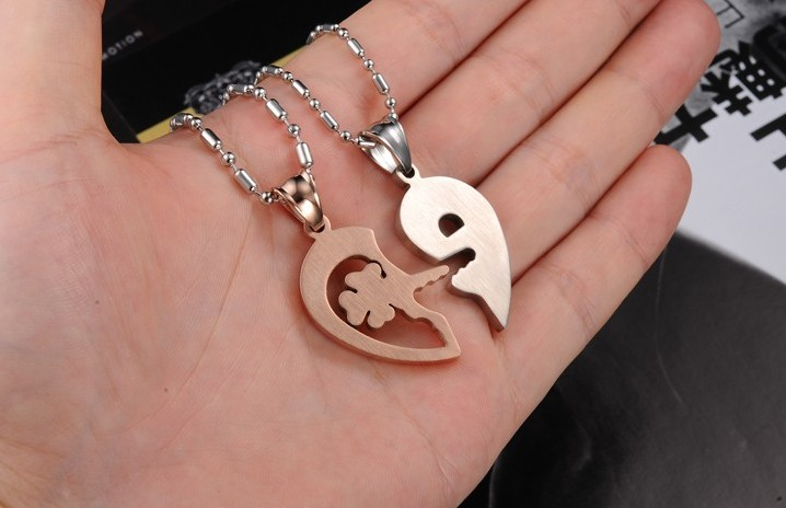 Wholesale The best gifts stainless steel couples Necklacepair TGSTN029 3