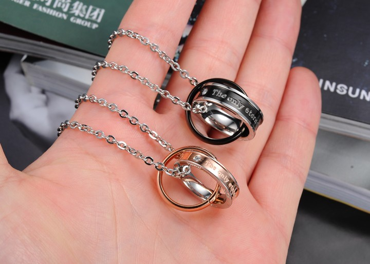Wholesale Hot selling fashion stainless steel couples Necklace TGSTN124 1