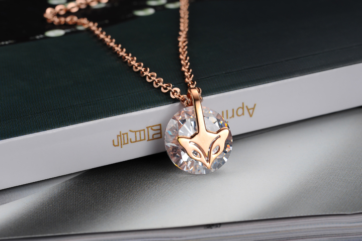 Wholesale Fashion stainless steel CZ elegant fox Necklace TGSTN129 5