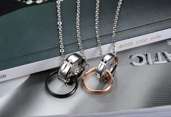 Wholesale Hot selling fashion stainless steel cross couples Necklace TGSTN036 1