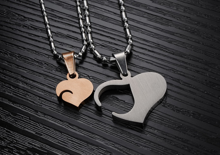 Wholesale Great Gift Love Symbols couples Necklace stainless steel Necklacepair TGSTN044 3