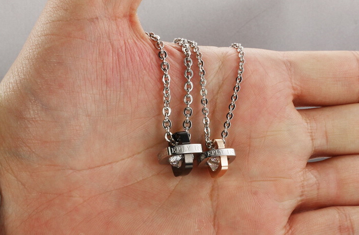 Wholesale Fashion jewelry Stainless Steel Couples Pendants TGSTN055 5