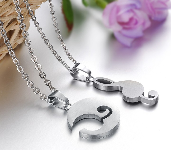 Wholesale The best gifts stainless steel collage couples Necklace TGSTN039 3