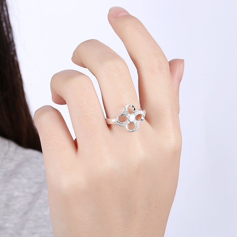 Wholesale Hot selling Ladies Ring four leaf Flower Crystal zircon Ring For Women Fashion Glamour Engagement Ring Jewelry Accessories TGSPR522 4