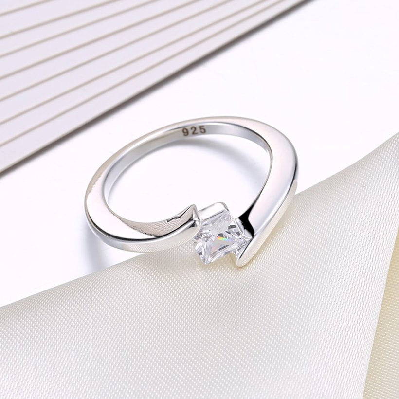 Wholesale Fashion Elegant Design Silver Plated ablaze Zircon classic Ring for Women wedding jewelry SPR593 2