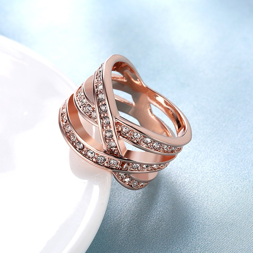 Wholesale Trendy Rose Gold Geometric White Crystal Ring TGGPR764 3