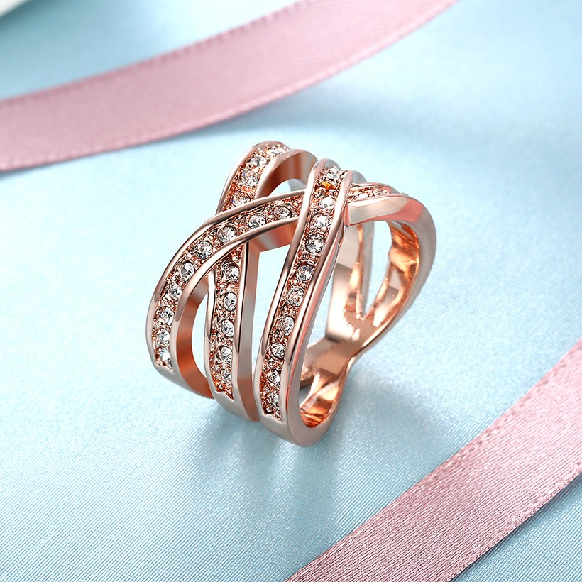 Wholesale Trendy Rose Gold Geometric White Crystal Ring TGGPR764 4