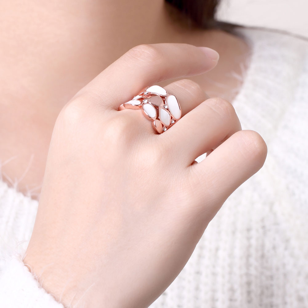Wholesale Trendy Rose Gold Geometric White Rhinestone Ring TGGPR581 5