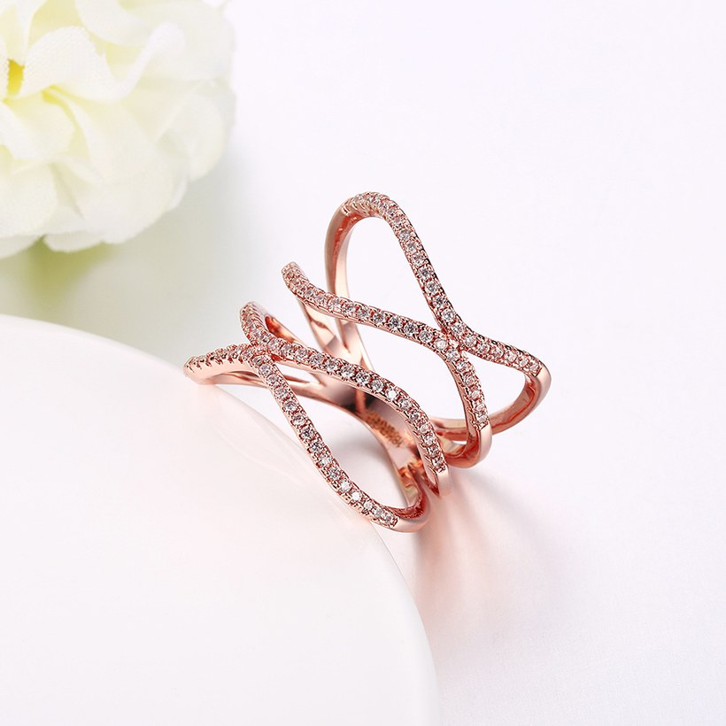 Wholesale Romantic Rose Gold Round White CZ Ring TGGPR1332 4