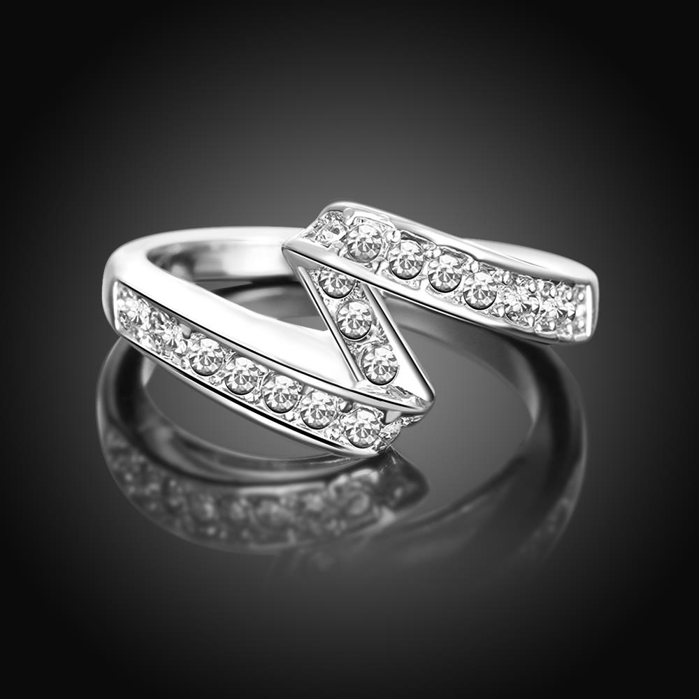 Wholesale Trendy Platinum Geometric White Rhinestone Ring TGGPR1154 1