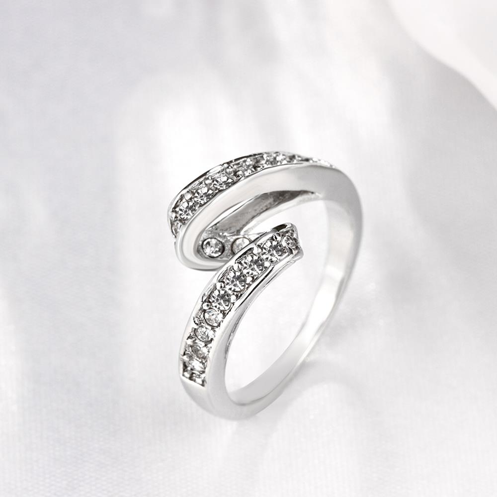 Wholesale Trendy Platinum Geometric White Rhinestone Ring TGGPR1154 2