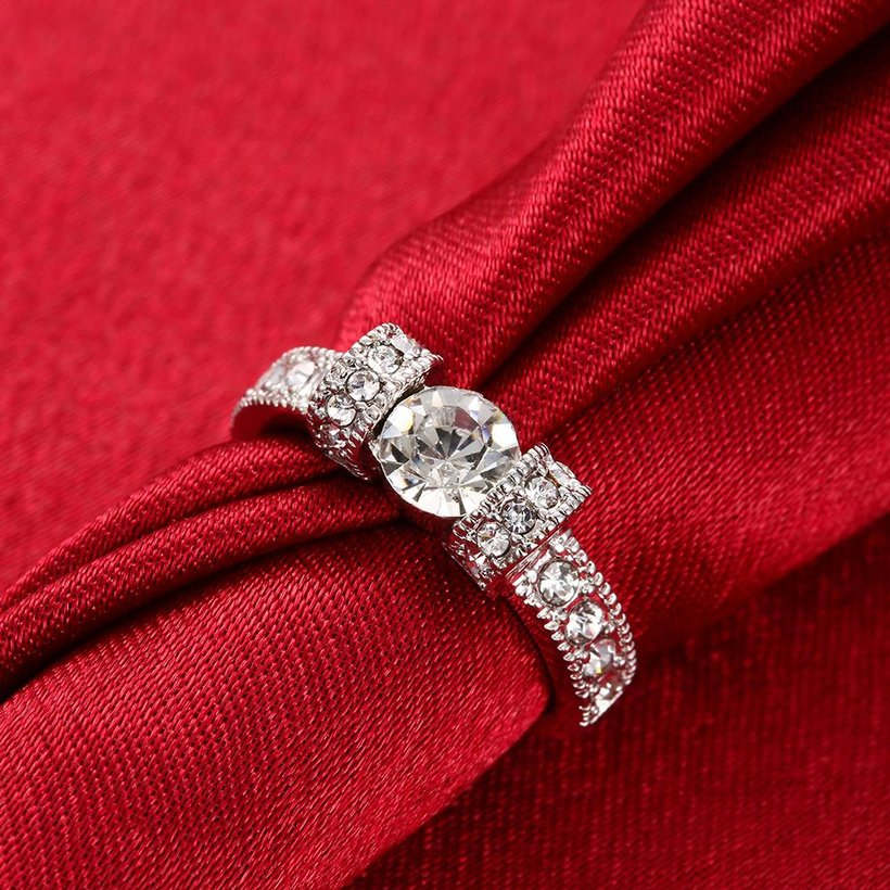 Wholesale Bohemia Platinum Geometric White Rhinestone Ring TGGPR1224 3