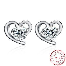 Fashion romantic 925 Sterling Silver Stud Earrings High Quality Woman Fashion Jewelry New Heart-shaped Zircon Hot Sale Earrings