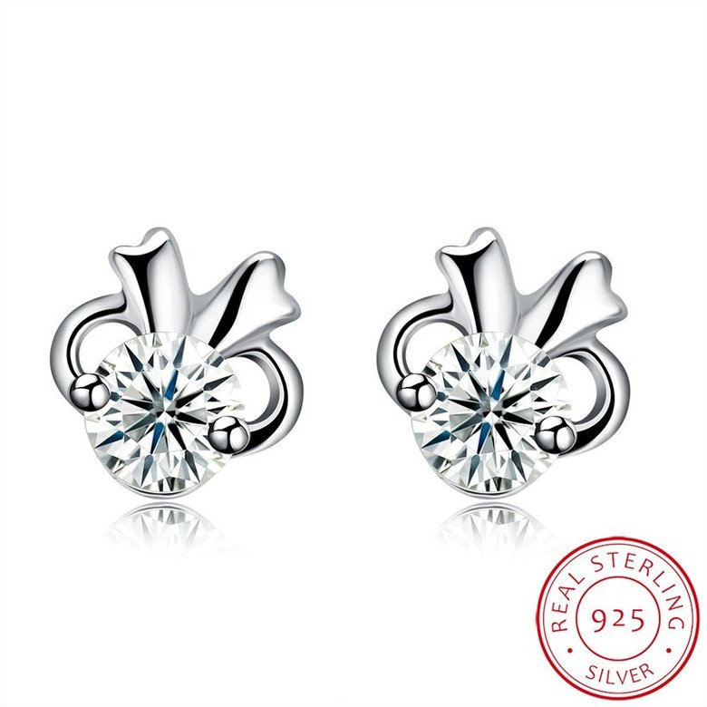 Wholesale Hot wholesale jewelry Fashion romantic 925 Sterling Silver Stud Earrings High Quality Woman Jewelry cute shiny Zircon Earrings TGSLE018