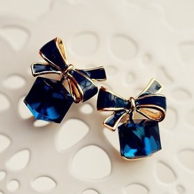 Wholesale 2020 New jewelry fashion Gold Color Bowknot Cube Crystal Earring Square bow Earrings for Women Pretty gift VGE011