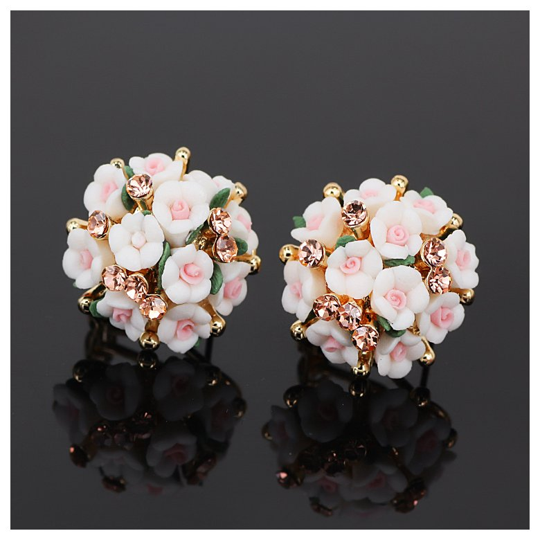 Wholesale New Fashion  jewelry Flower Earring For Women Vintage Jewelry VGE041