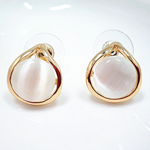 Wholesale New Vintage Round  Opal Stone Big Stud Earrings For Women fashion Temperament jewelry VGE042
