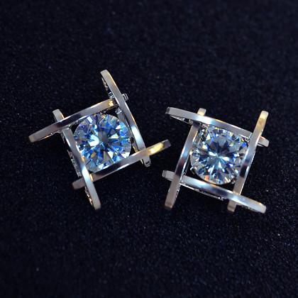 Wholesale Women's earrings 2020  new jewelry geometric hollow square triangle zircon earring Europe fashion banquet jewelry VGE044