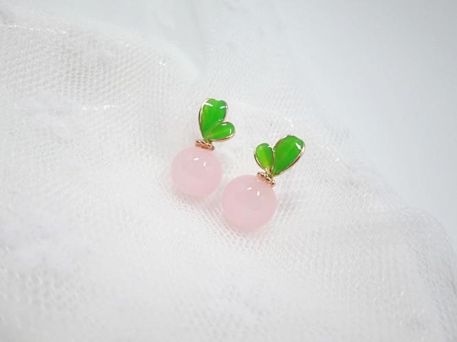 Wholesale Korean Style Leaves Earrings For Women Fashion Stylish Sweet Cute Stud Earrings Jewelry VGE045 1