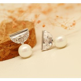 Wholesale Jewelry New Brand Design crystal Pearl Stud Earrings For Women New Accessories VGE049