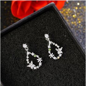 Wholesale New Cute Sweet Heart Zircon Flower Circle Stud Earrings For Women Fashion Delicate Jewelry VGE129
