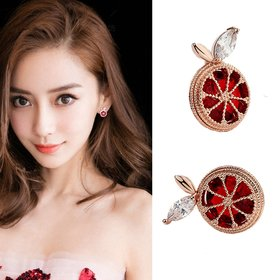 Wholesale  Korean Fashion Red Crystal Grapefruit Stud Earrings Zircon Fruit Earring Women Lovely Birthday Cute Jewelry VGE136