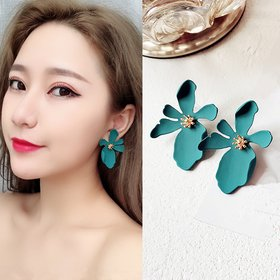 Wholesale Style Cute Flower Stud Earrings For Women New Fashion Sweet Earrings Brinco Jewelry VGE151