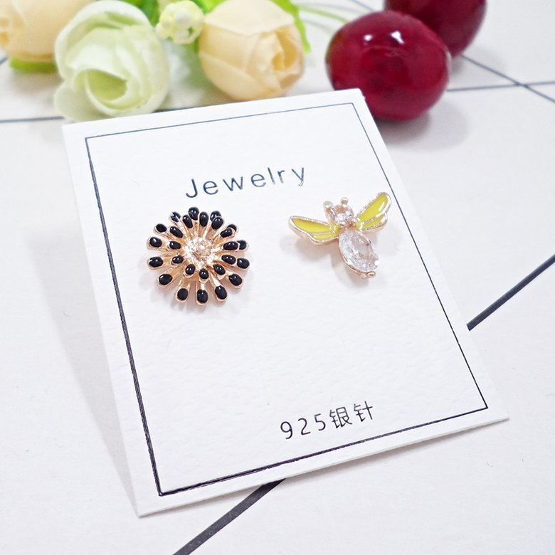 Wholesale Lot Zinc Alloy Metal Cute Bee Sunflower Shape Enamel Charms Fashion Earring Bracelet Making Pendants VGE185